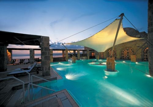 Movenpick Resort & Spa Dead Sea 2