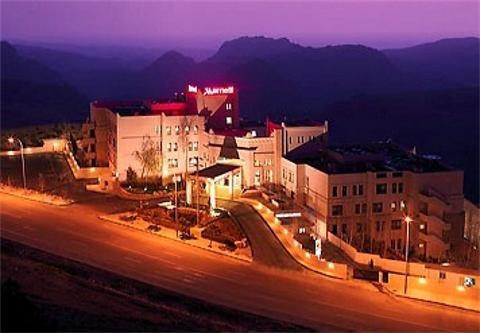 Amra Palace 11