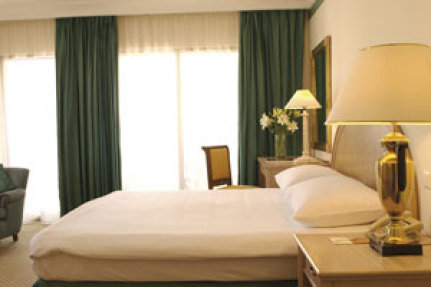 Movenpick Resort Petra 9