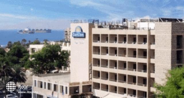 Days Hotel Aqaba 1