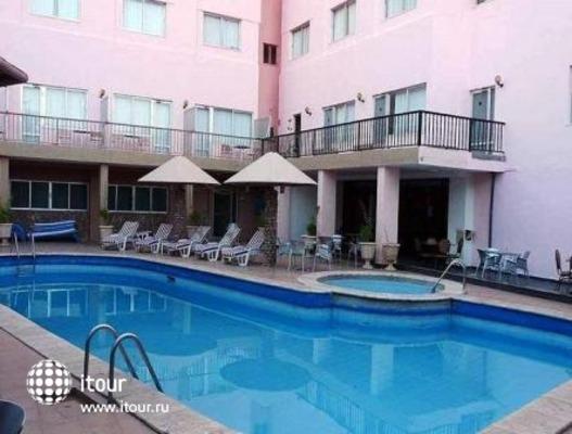 Mina Hotel 2