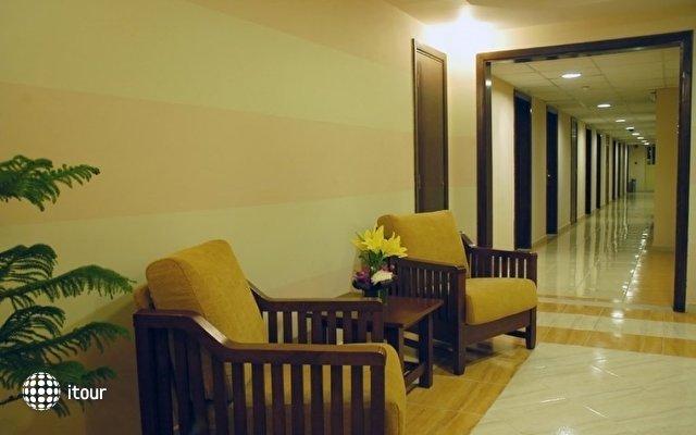 Aqua Vista Hotel & Suites 4