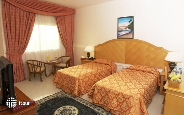 Safeer Hotel Suites 5