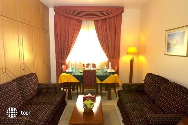 Safeer Hotel Suites 7