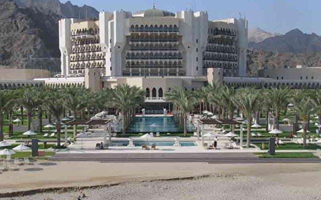 Al Bustan Palace 8