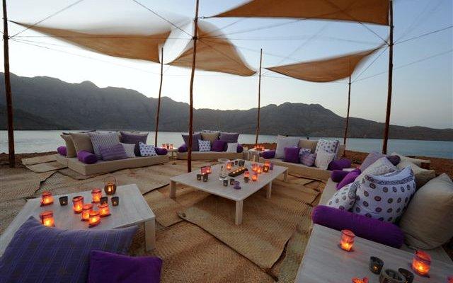 Sheraton Oman Hotel 4