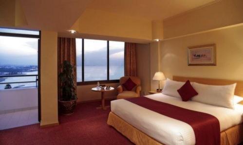Crowne Plaza Hotel 2