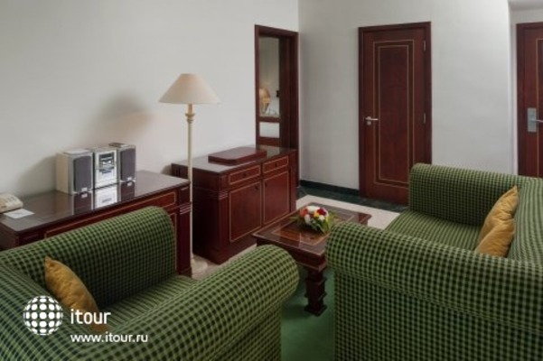 Crowne Plaza Resort Salalah 6