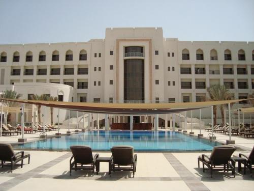 Sohar Beach Hotel 5