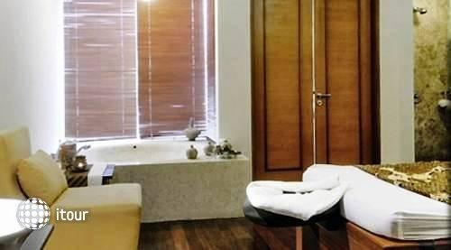 Novotel Palembang Hotel & Residence 6