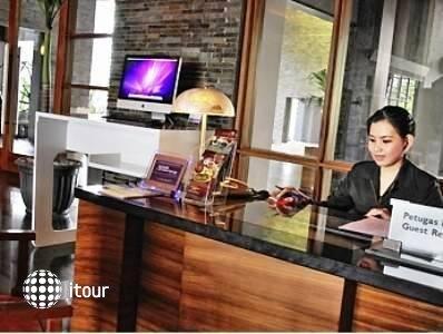 Novotel Palembang Hotel & Residence 8