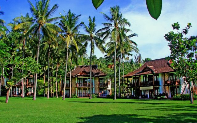 Holiday Resort Lombok 1