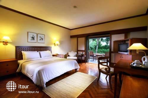 The Santosa Villas & Resort Lombok 3