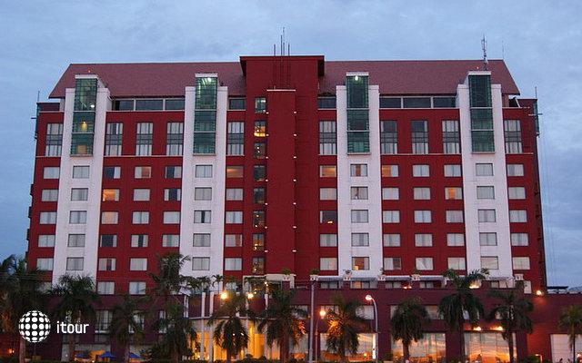 Imperial Aryaduta Hotel Makassar 2