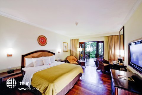 Sheraton Senggigi Beach Resort 4