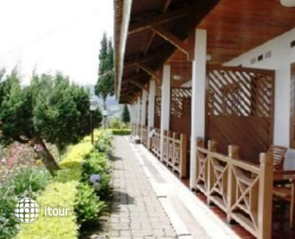 Bromo Cottages 9