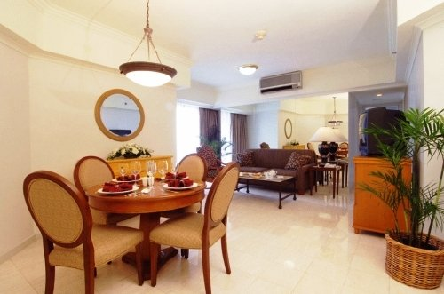The Aryaduta Suites Hotel Semanggi 7