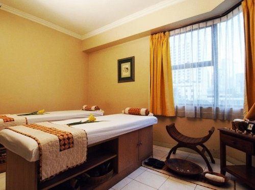 The Aryaduta Suites Hotel Semanggi 10