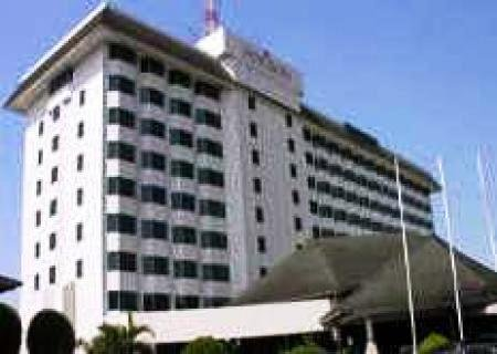 Horison Bandung 10
