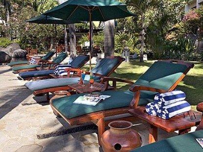 Novotel Surabaya Hotel & Suites 4