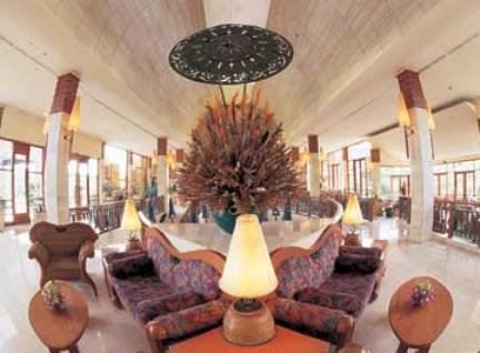 Novotel Surabaya Hotel & Suites 7