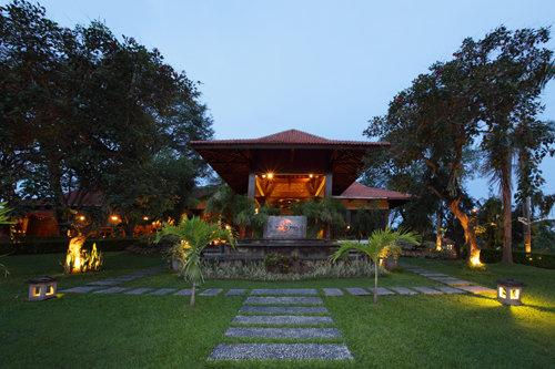 Singgasana Hotel Surabaya 1