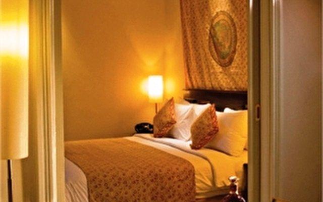 The Phoenix Hotel Yogyakarta 8