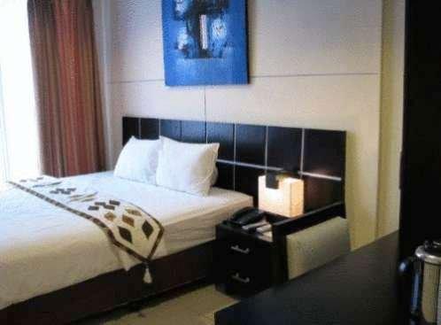 The Phoenix Hotel Yogyakarta 9
