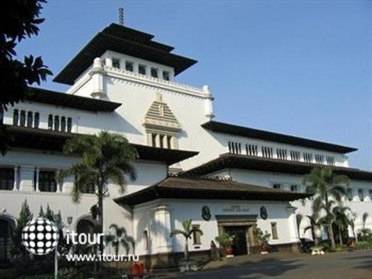 Sheraton Bandung Hotel & Towers 1