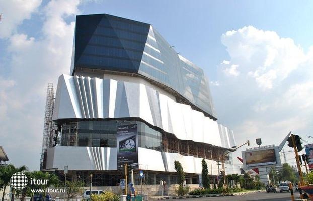 Crowne Plaza Semarang 6