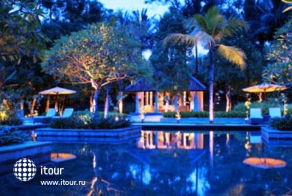 Sheraton Mustika Yogyakarta Resort And Spa 8