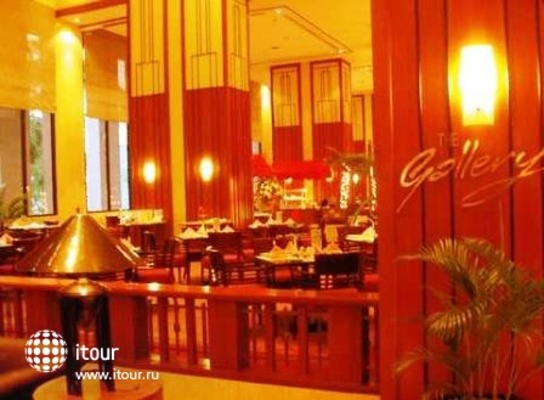 Redtop Hotel Jakarta 8
