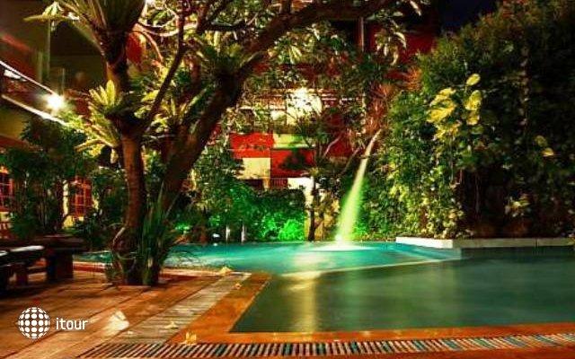 Green Garden Hotel 9