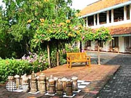 Udayana Kingfisher Eco Lodge 1
