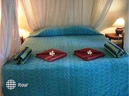Udayana Kingfisher Eco Lodge 8