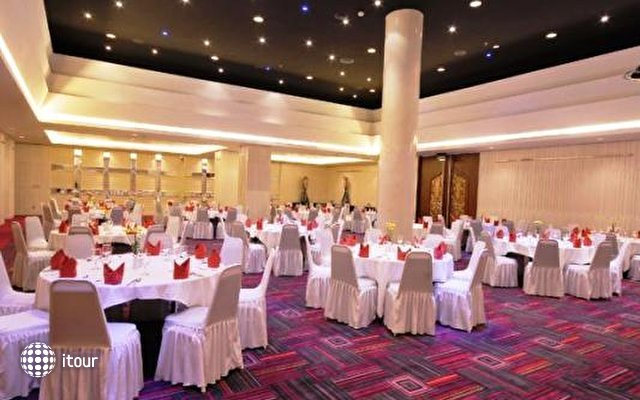 Sanur Paradise Plaza Hotel 8