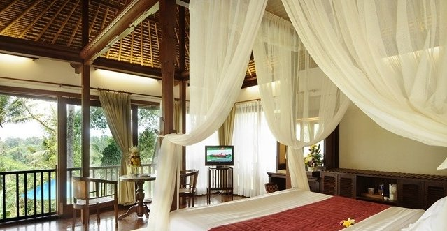 Kamandalu Resort & Spa 10