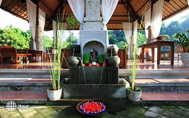 Santi Mandala Villa & Spa 9