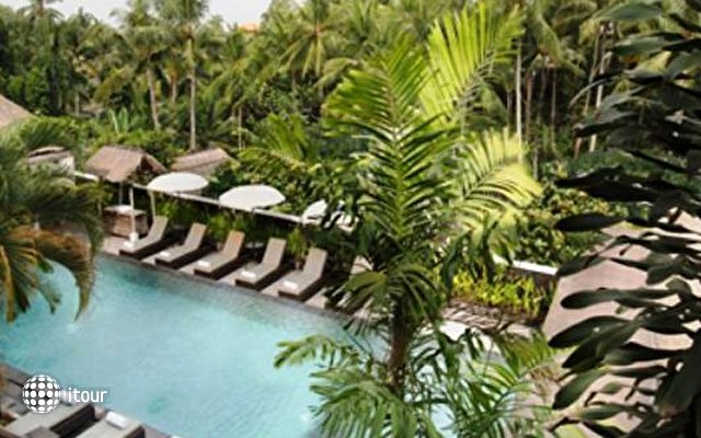 Ubud Village Hotel 7
