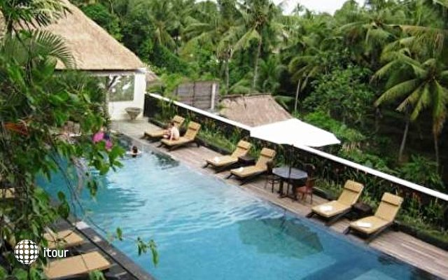 Ubud Village Hotel 2