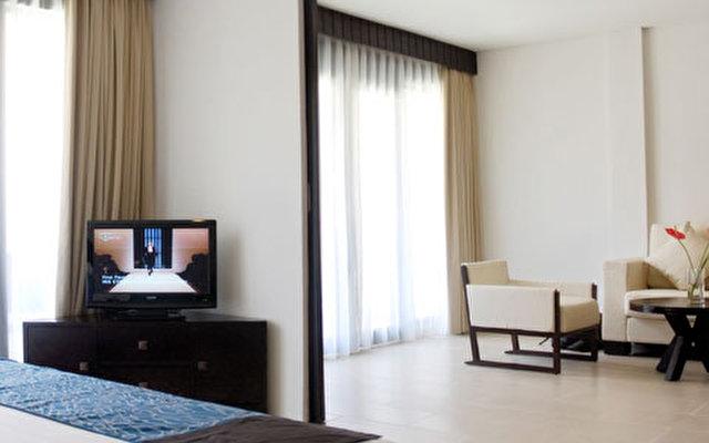 Ramada Resort Camakila 8