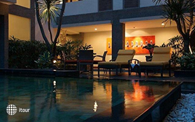 Sunset Hotel 4