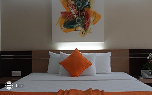 Sunset Hotel 6