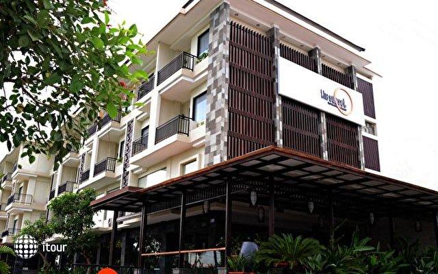 Sunset Hotel 1