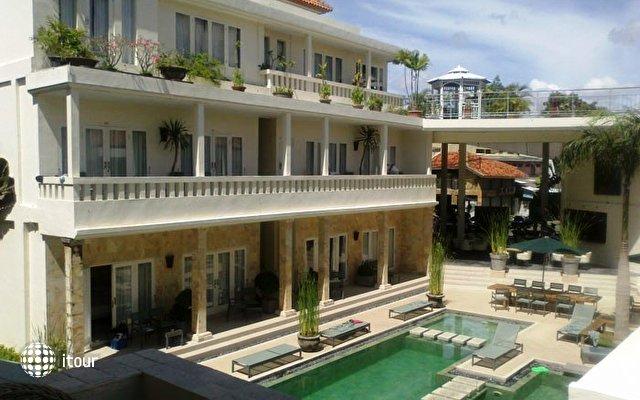 Courtyard Hotel & Apartment (ex. Pura Bagus Taruna) 1