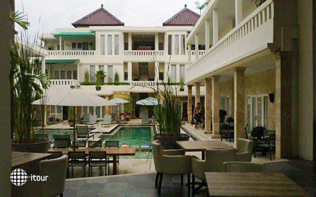 Courtyard Hotel & Apartment (ex. Pura Bagus Taruna) 2