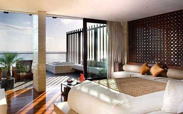 Anantara Seminyak Resort & Spa 9