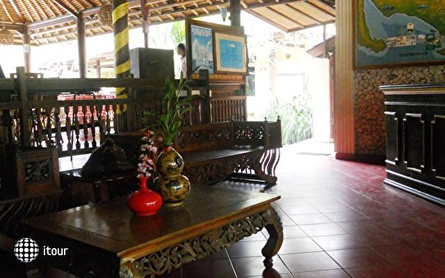 Bali Lovina Beach Cottages 2
