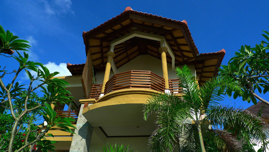 Blue Moon Villas 3