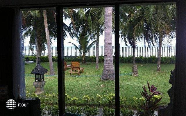 Medewi Beach Cottages 4